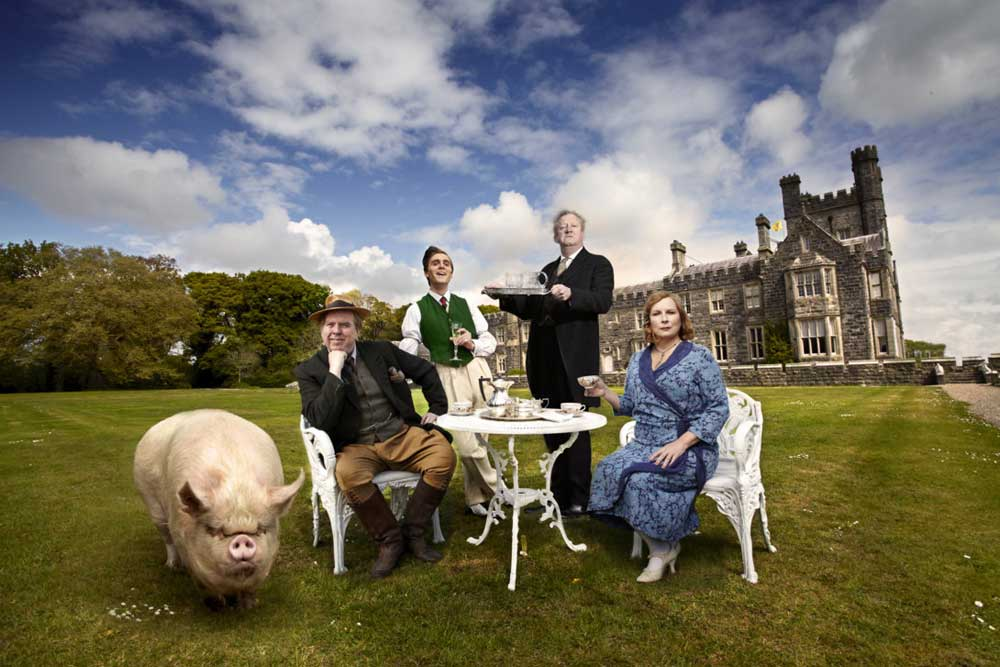 The West Wing Crom Castle 187 Blandings Bbc Comedy Drama
