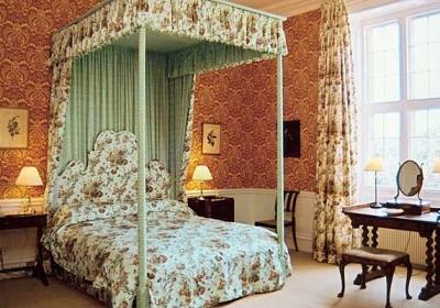 The Buff Bedroom